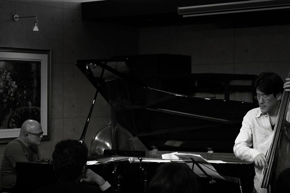 20121202 - Takashi Kudo Trio - #001.